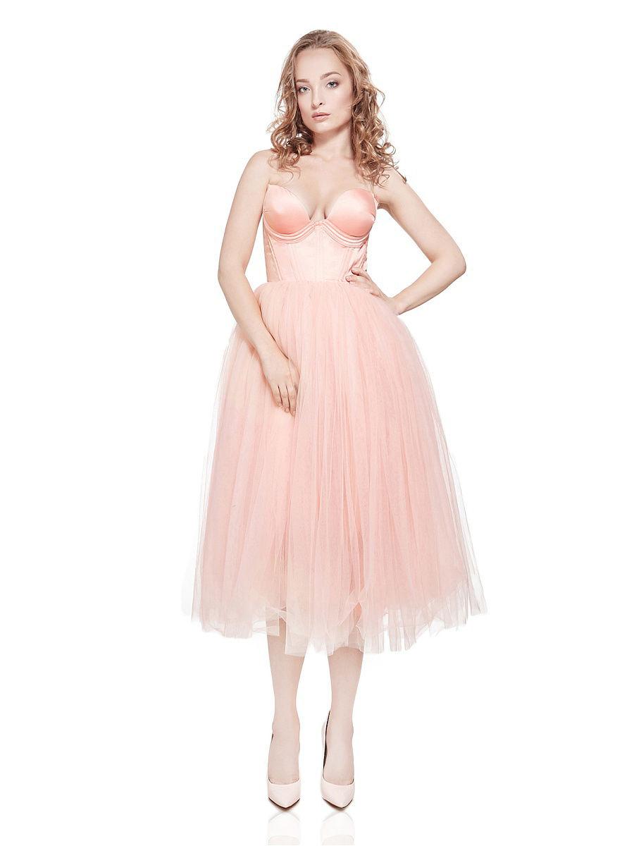 Платье миди с корсетом и пышной юбкой фото
