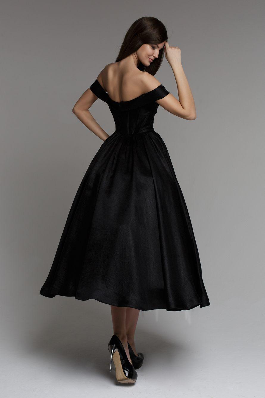 Пышное платье французской длины фото