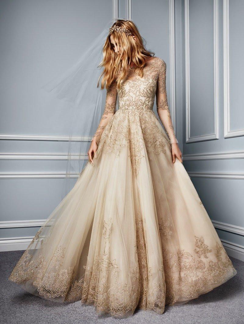 пышное платье бежевое фото