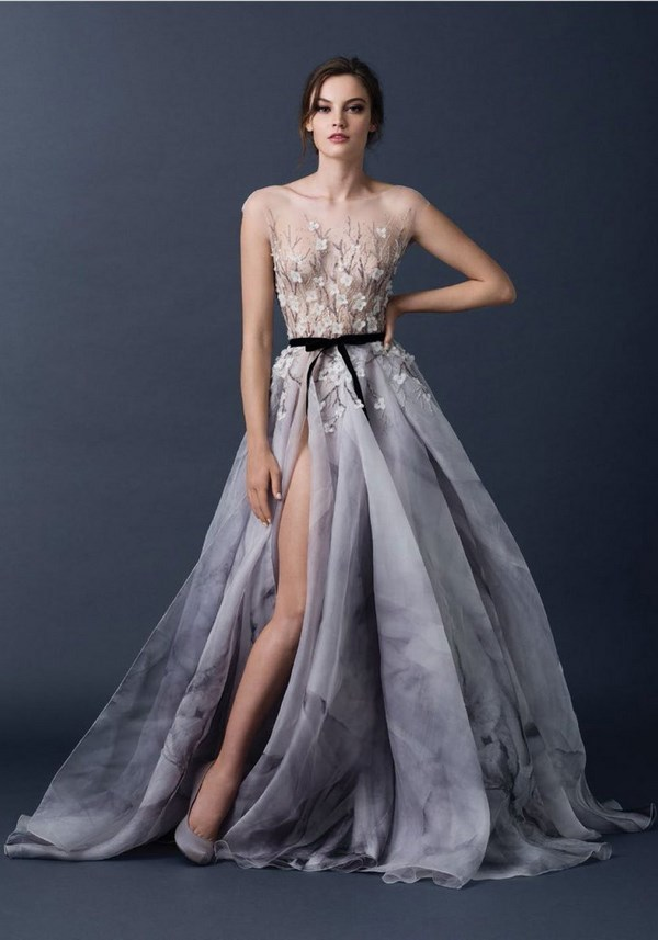 пышное платье серое фото