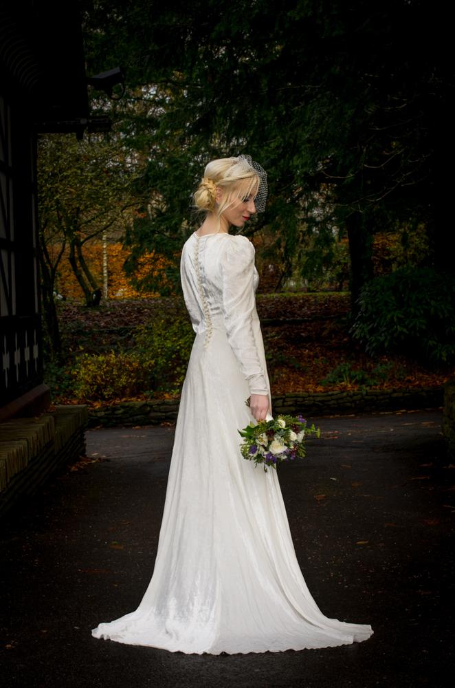 свадебное бархатное платье