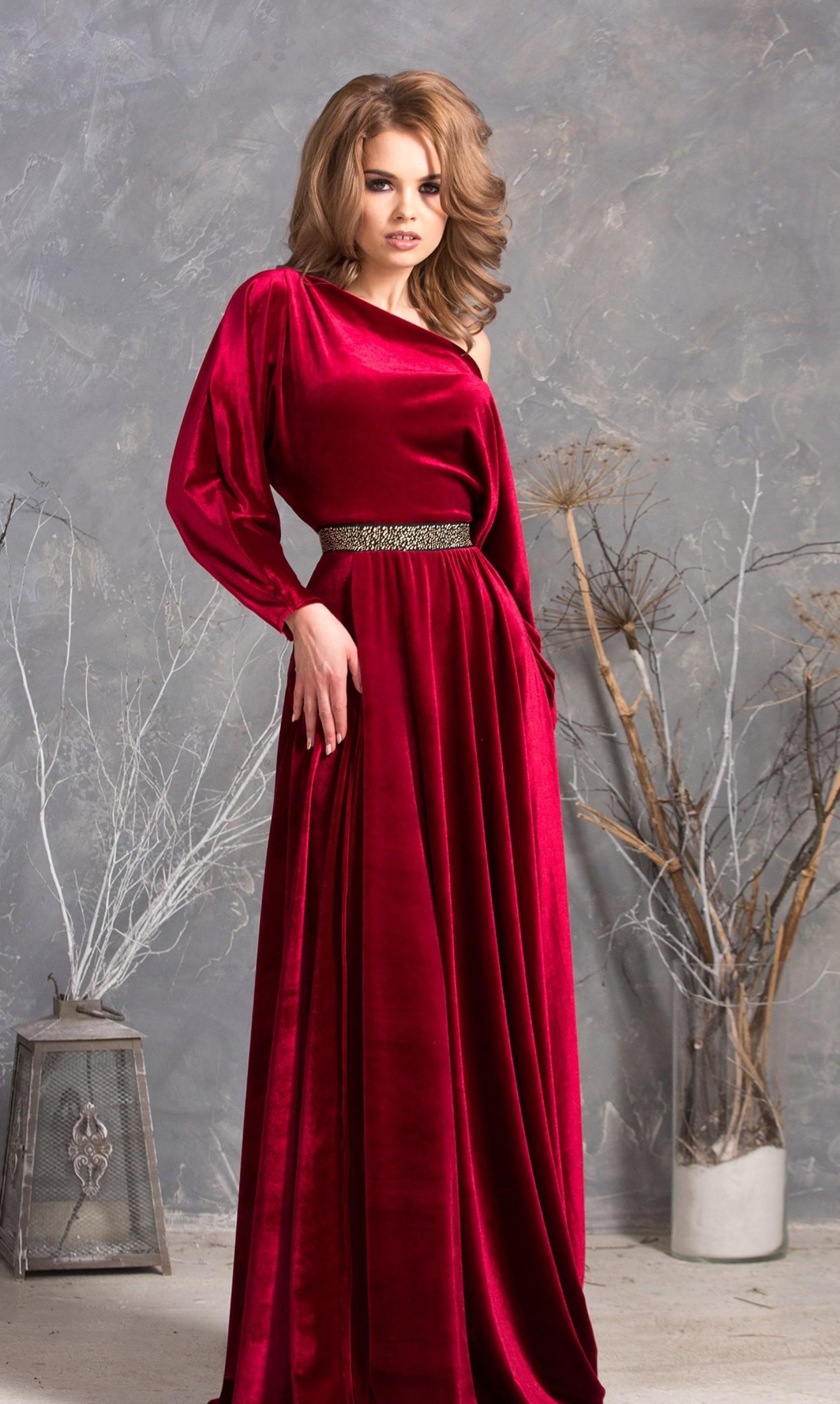 бархатное платье вечернее красное