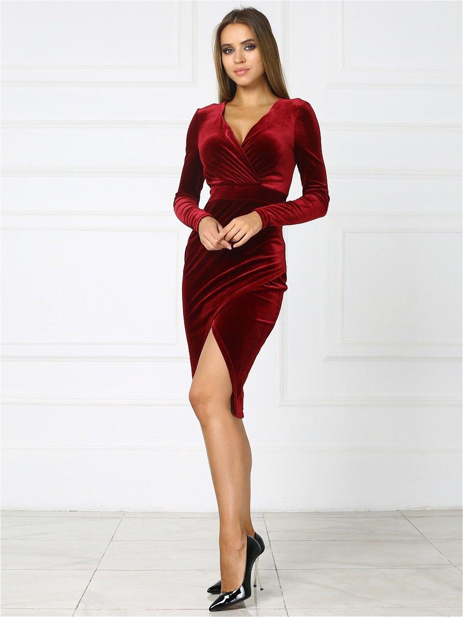 бархатное платье красное