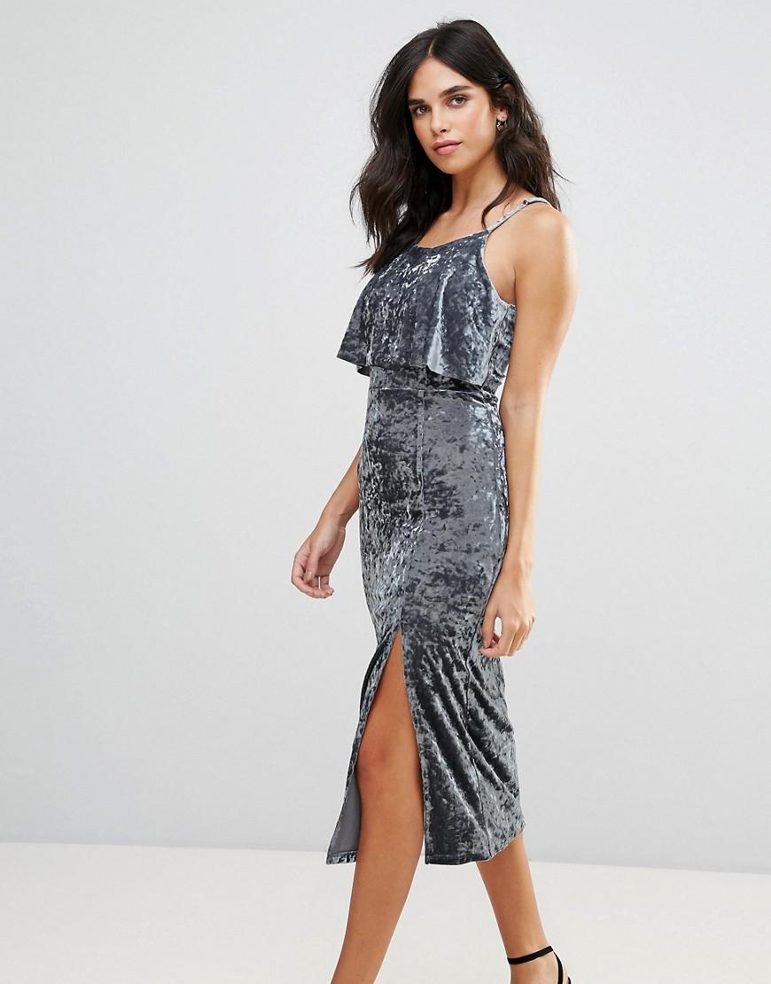 бархатное платье серое