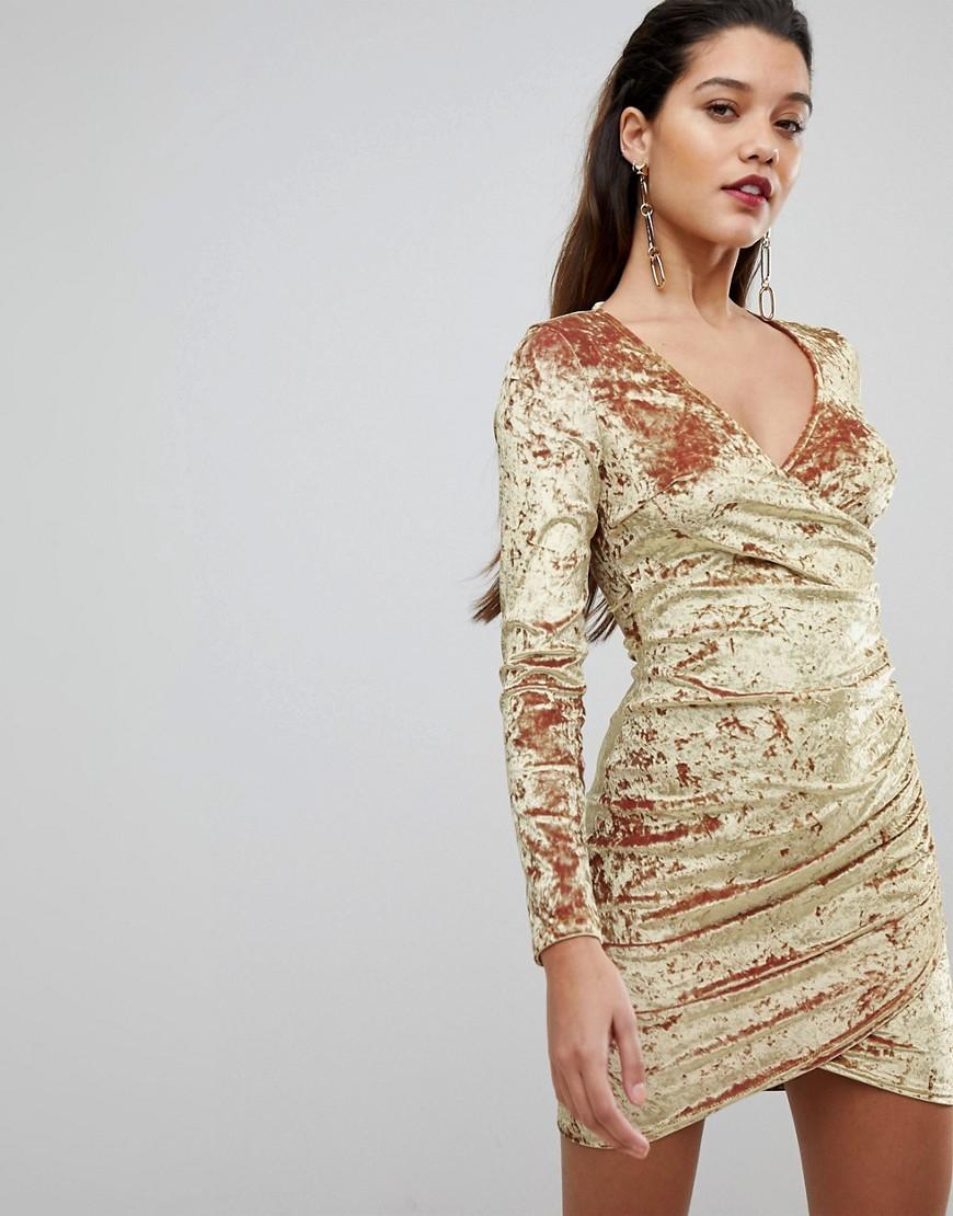 бархатное платье золотое