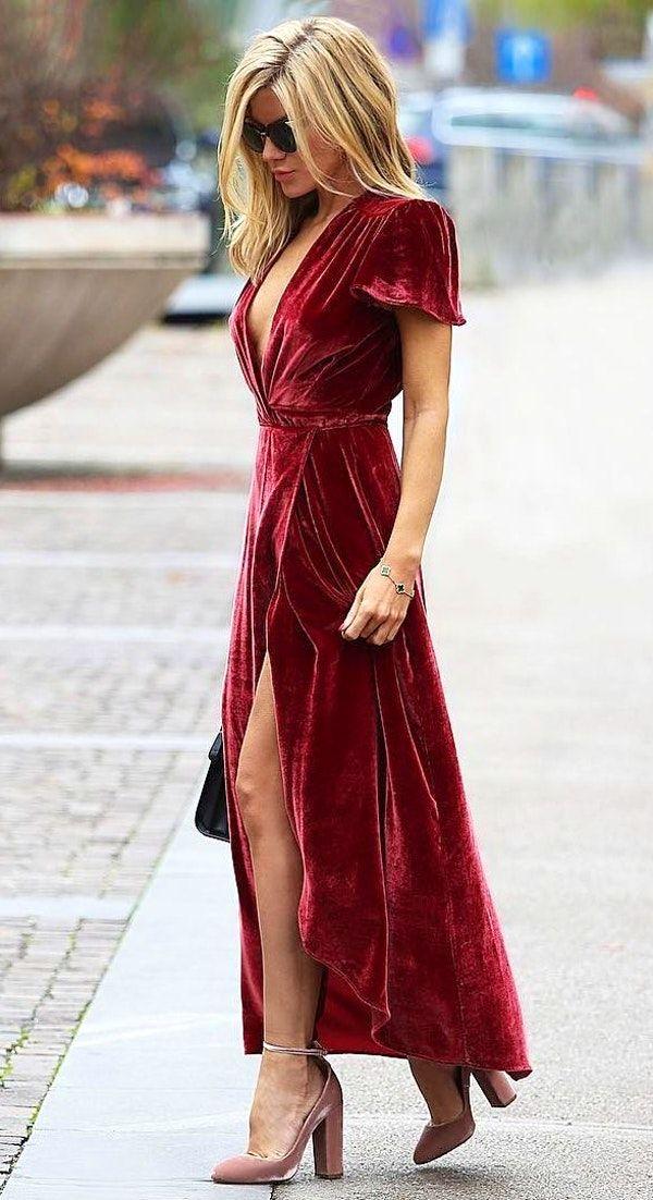 платье бархат и босоножки