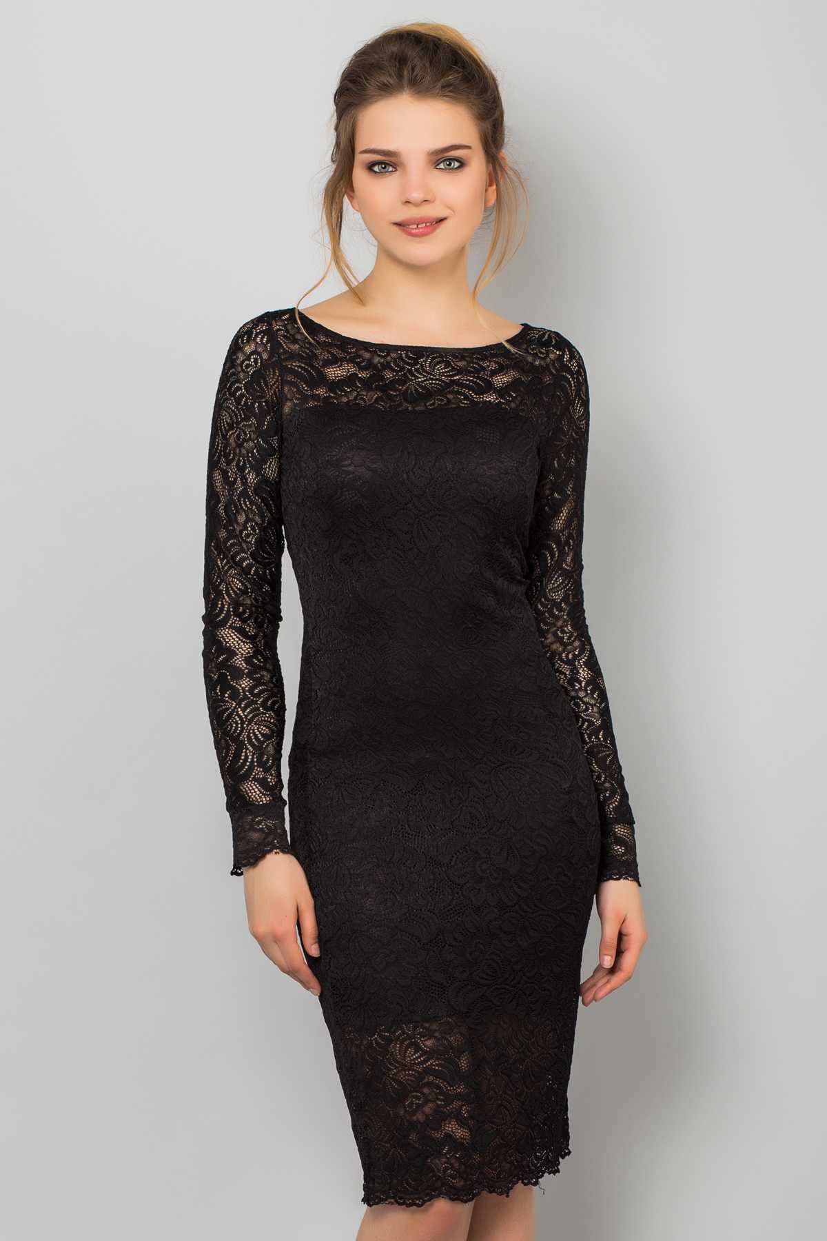 Платье из гипюра с длинным рукавом