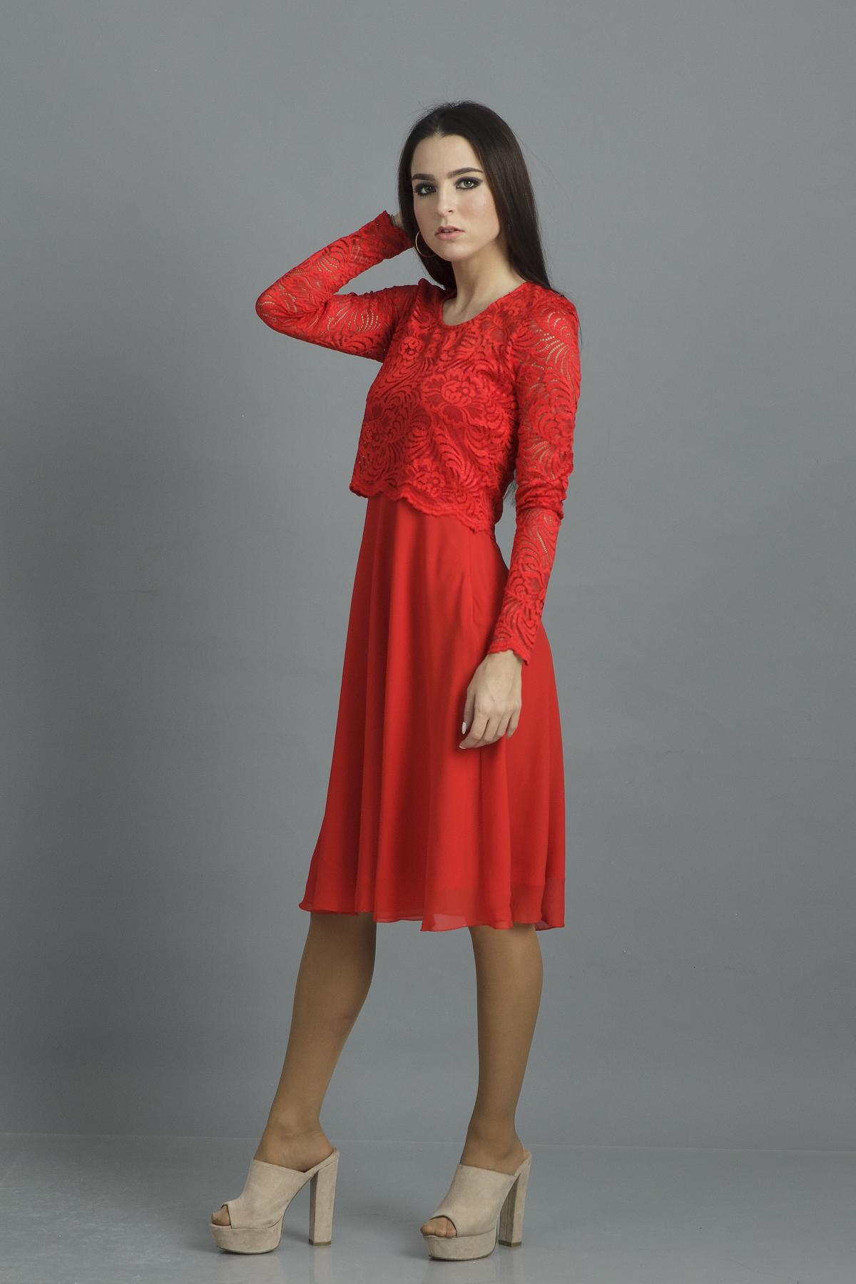 платье из гипюра и шифона
