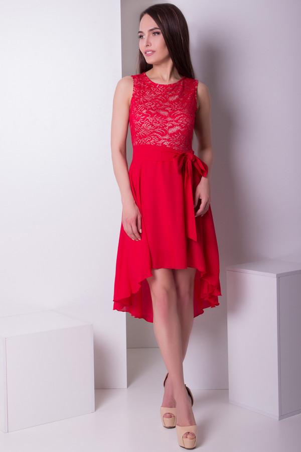 платье из гипюра со шлейфом
