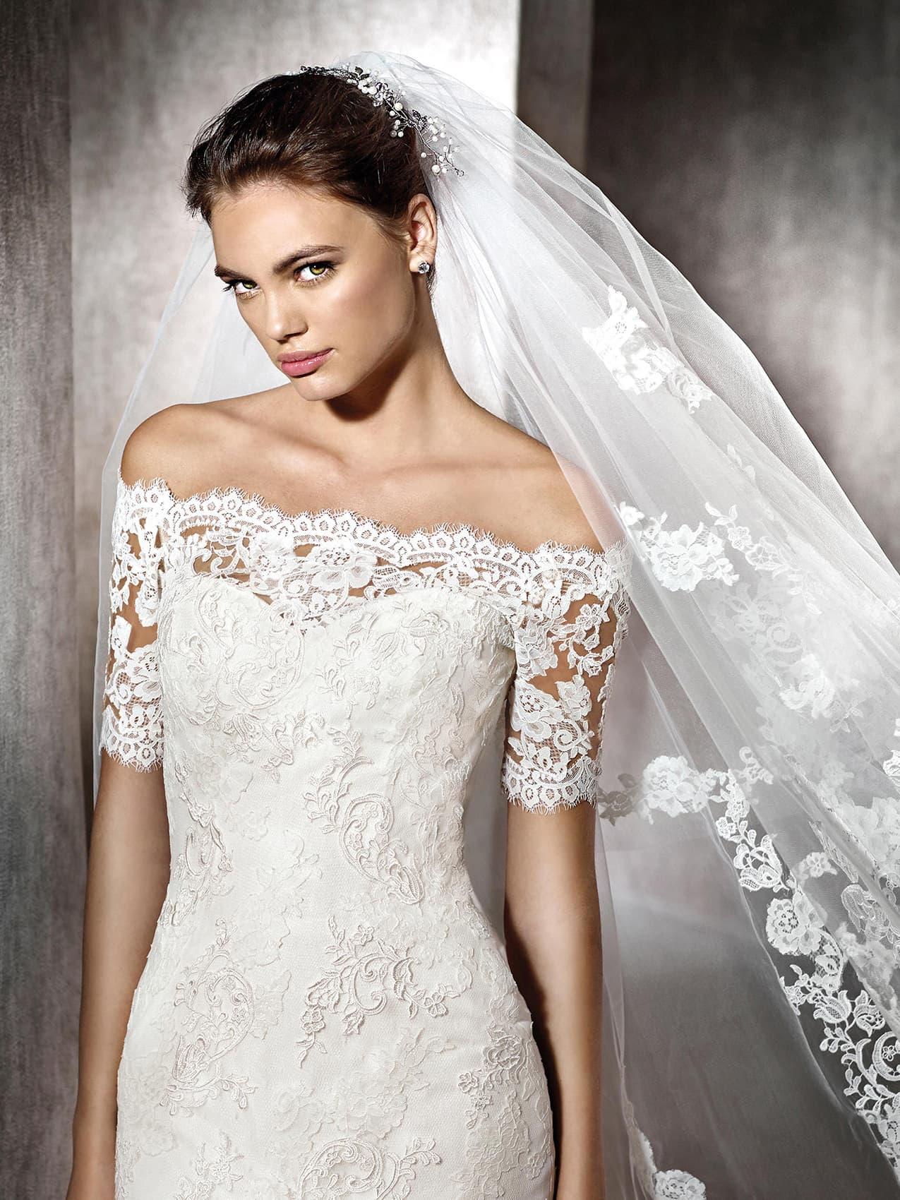 платье из гипюра свадебное