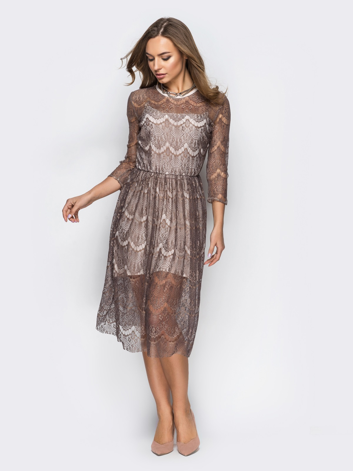 платье из гипюра вечернее миди