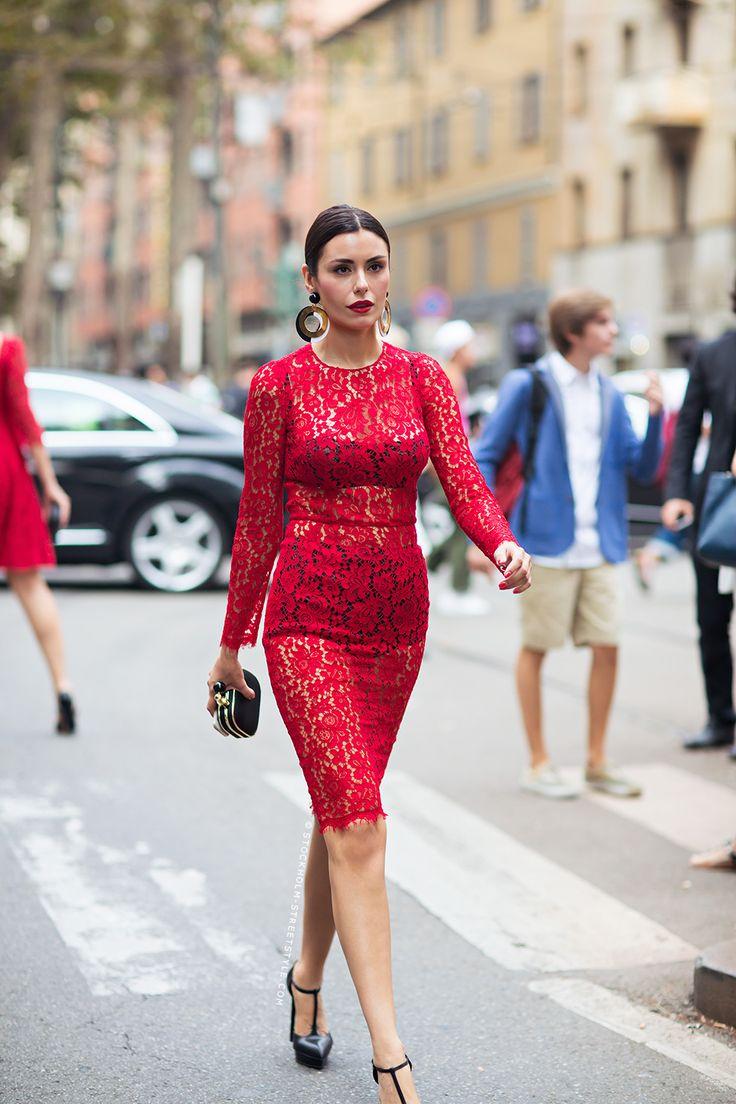 платье из гипюра образ