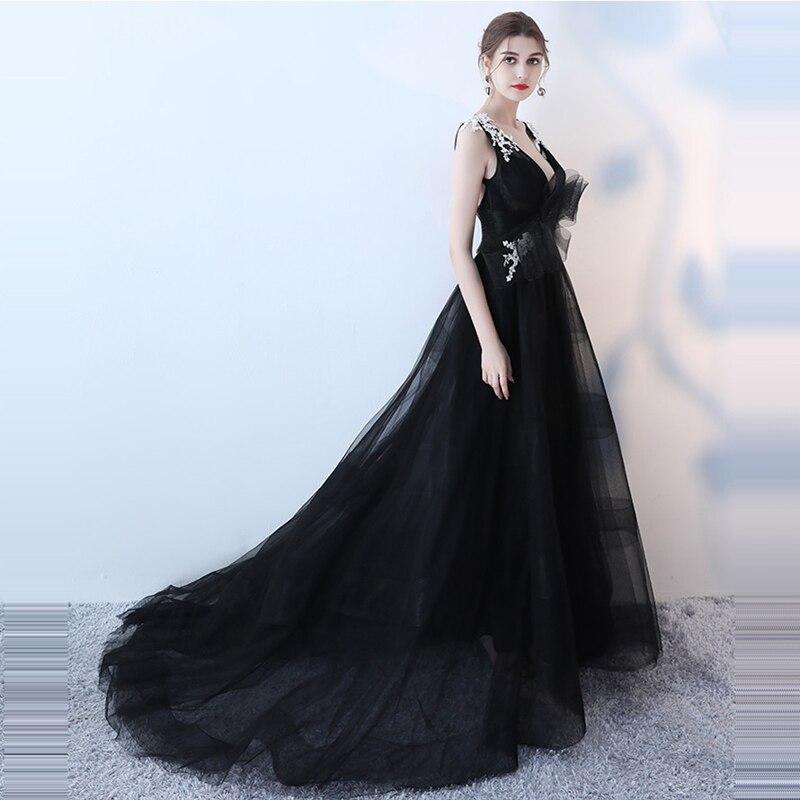 платье со шлейфом  А-силуэта