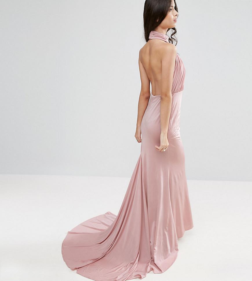 платье со шлейфом с открытой спиной