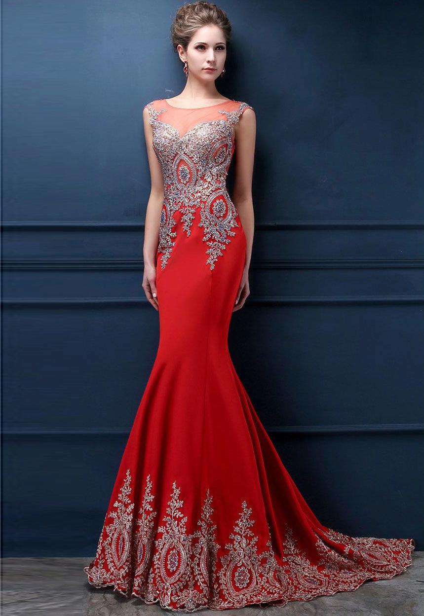 платье годе со шлейфом