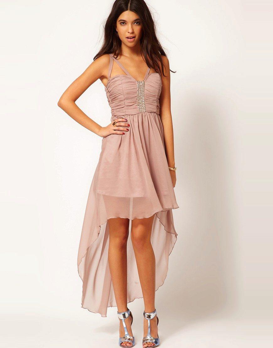 платье со шлейфом короткое