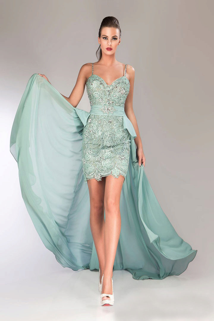 платье со шлейфом мятное