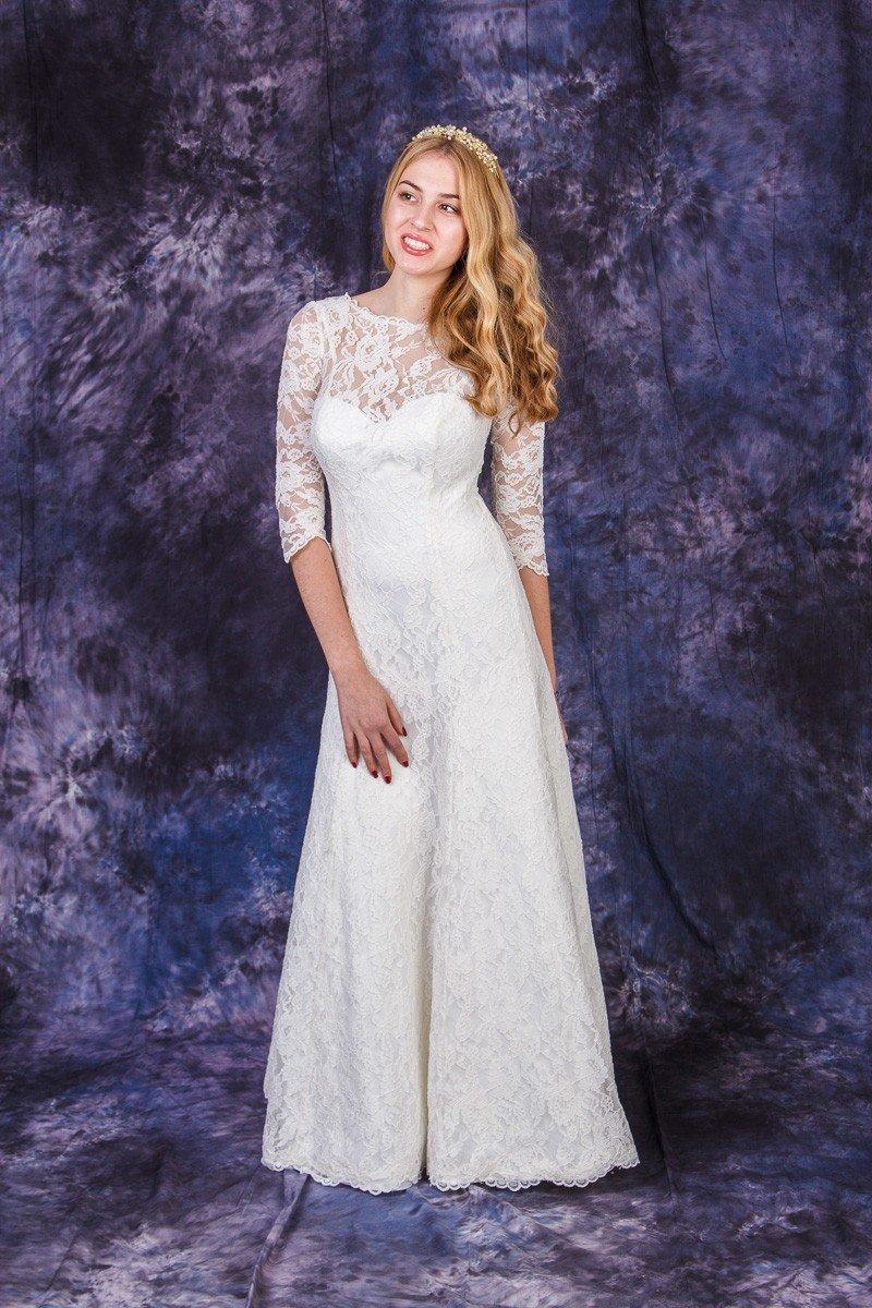 Свадебные платья прямого силуэта с кружевом фото