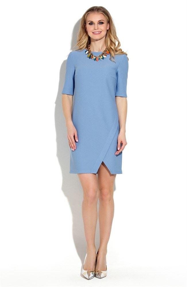 платье прямого силуэта голубое фото