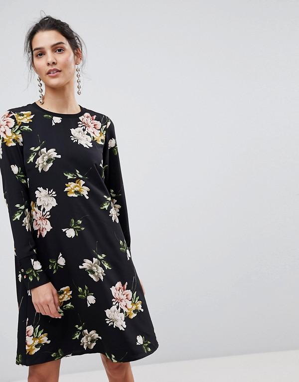 платье прямого силуэта Цветочный принт фото