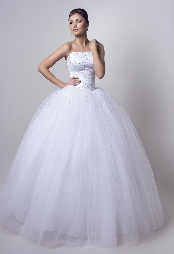 свадебное платье с пышной юбкой фото
