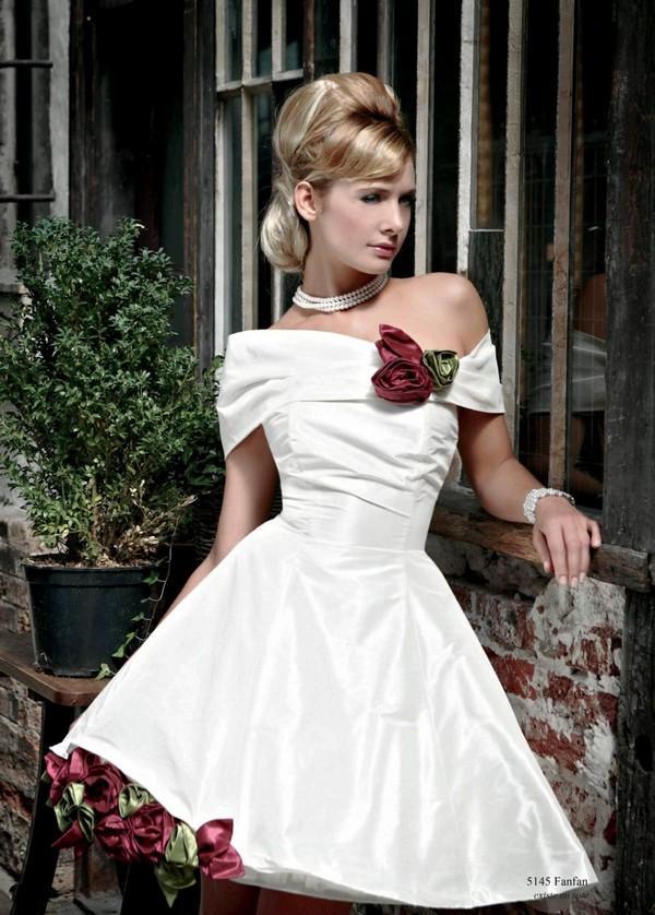 свадебное платье в стиле ретро фото
