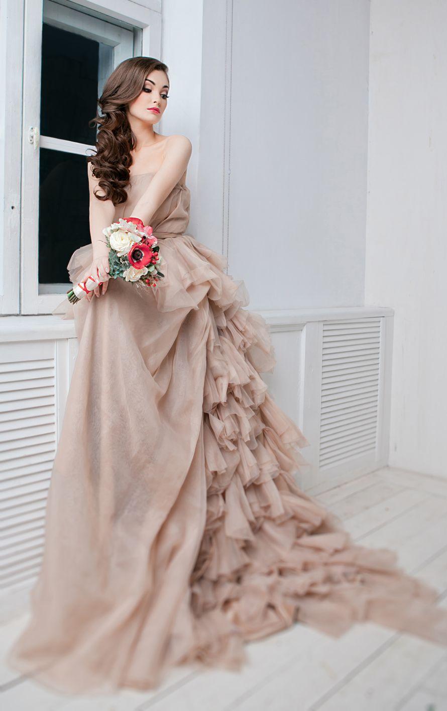 свадебное платье капучино фото
