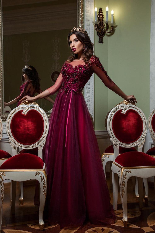 свадебное платье бордовое фото