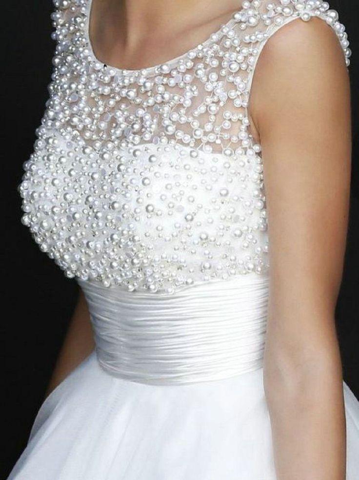 Свадебные платья с жемчугом фото