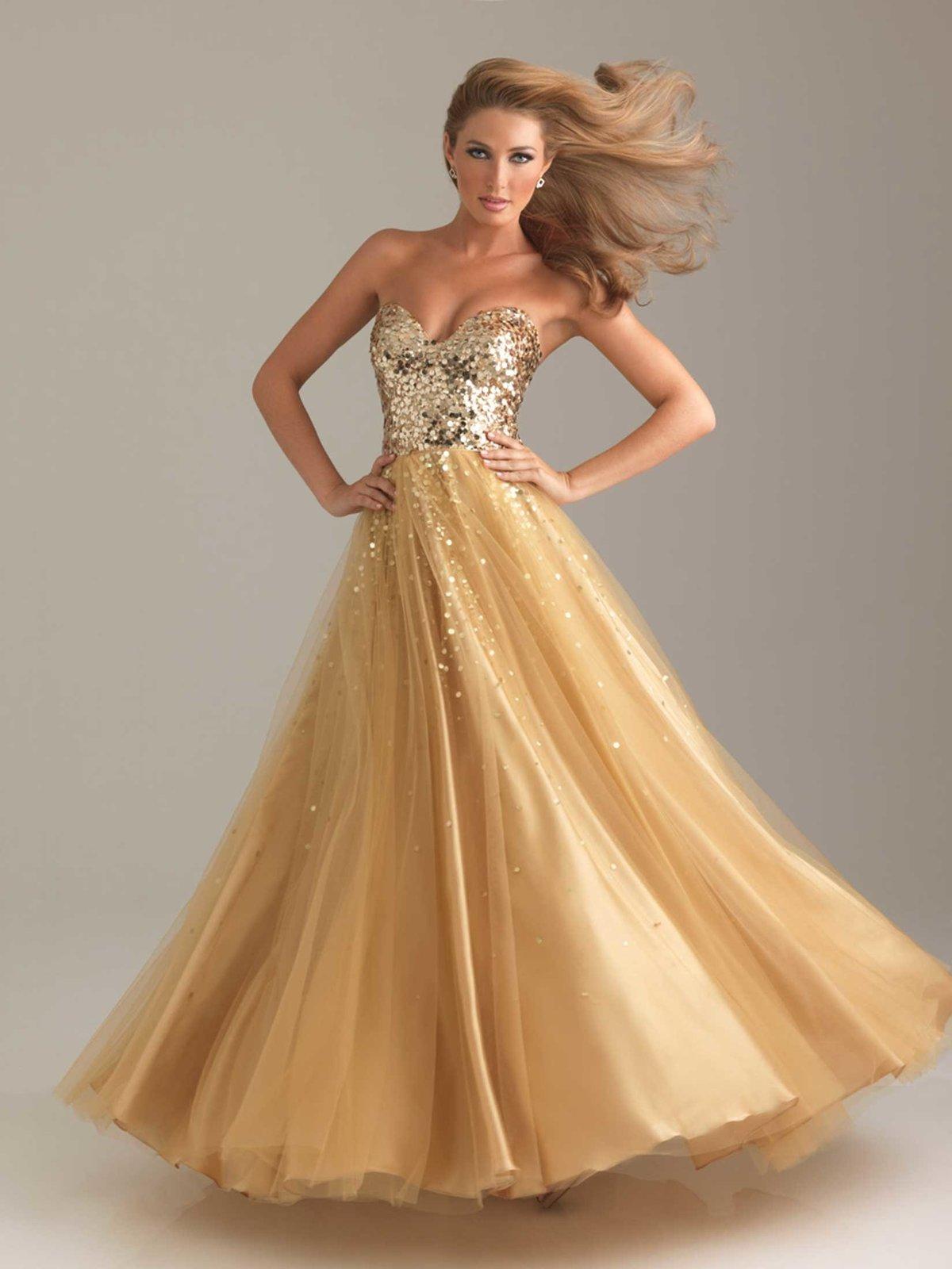 бальное платье золотое