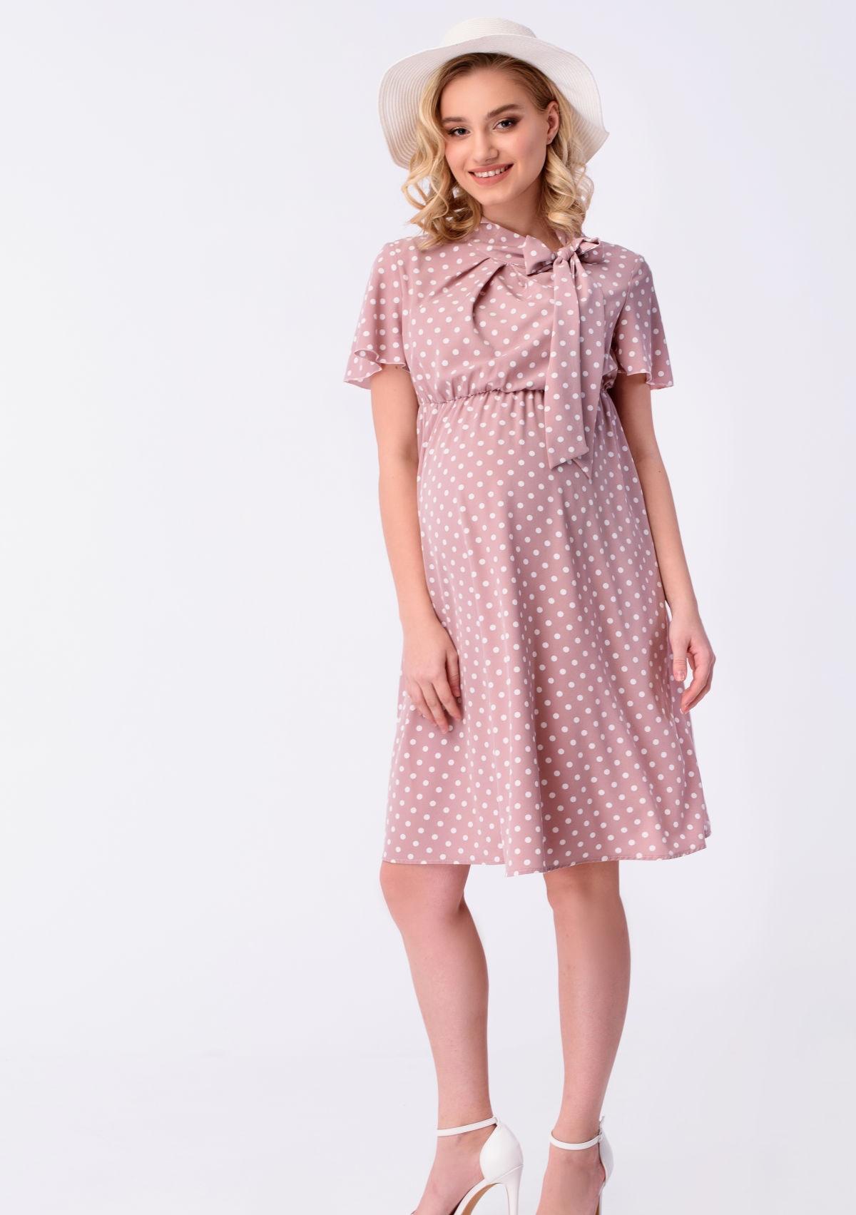 розовое платье в горошек для беременных