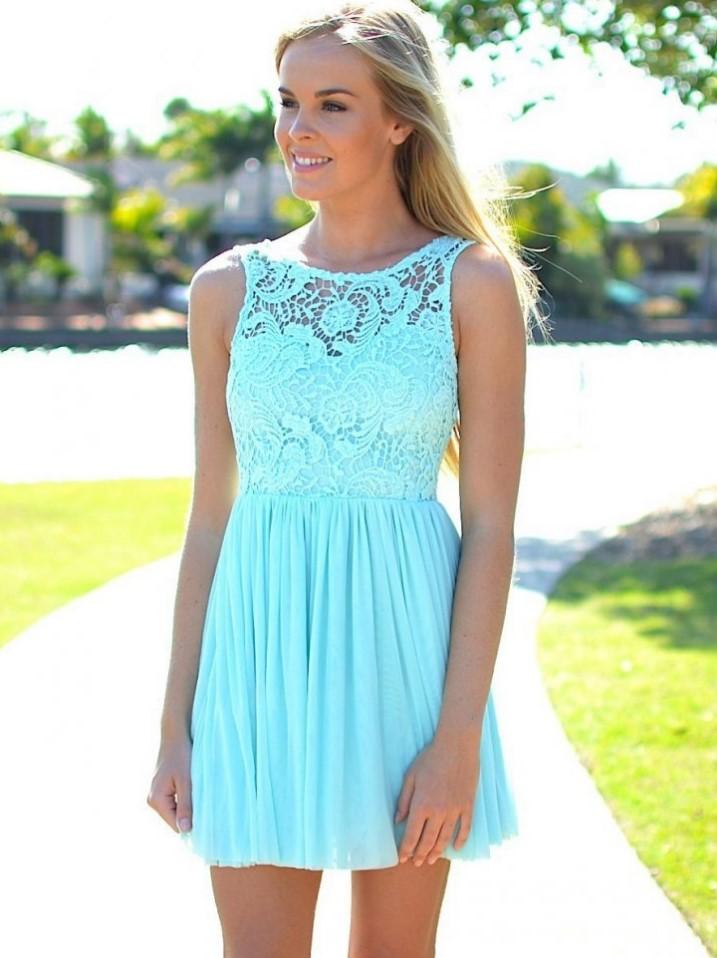 короткое платье голубое