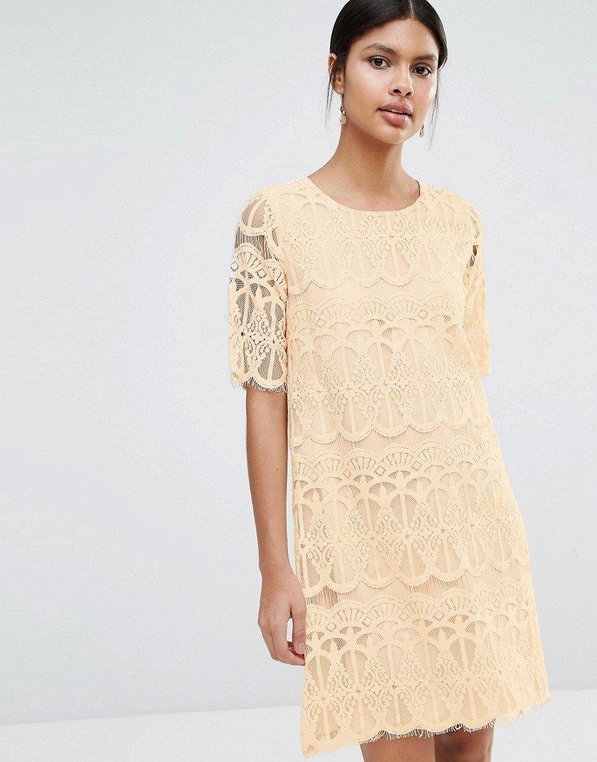 кружевное платье трапеция
