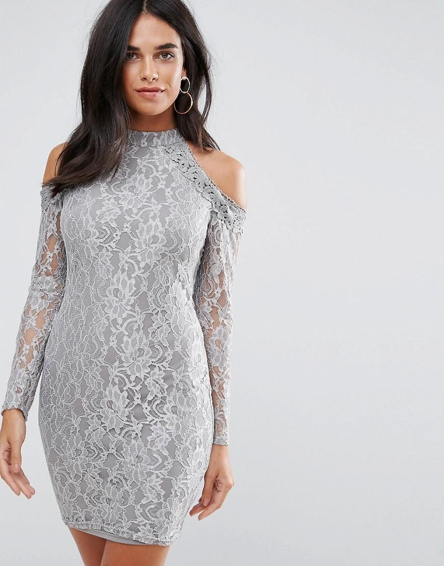 кружевное платье серое