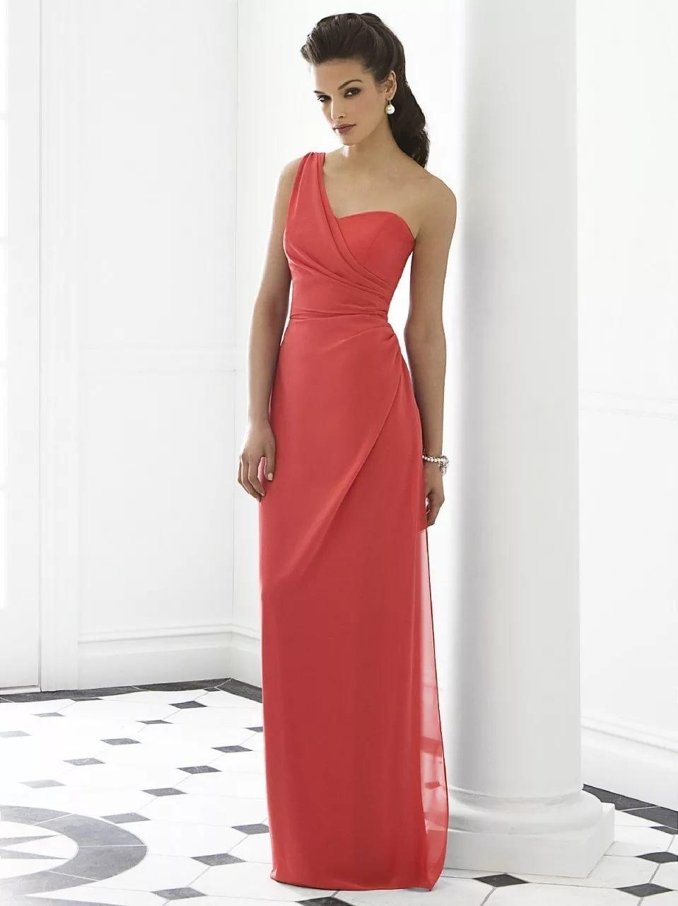 Вечернее длинное платье в пол на одно плечо