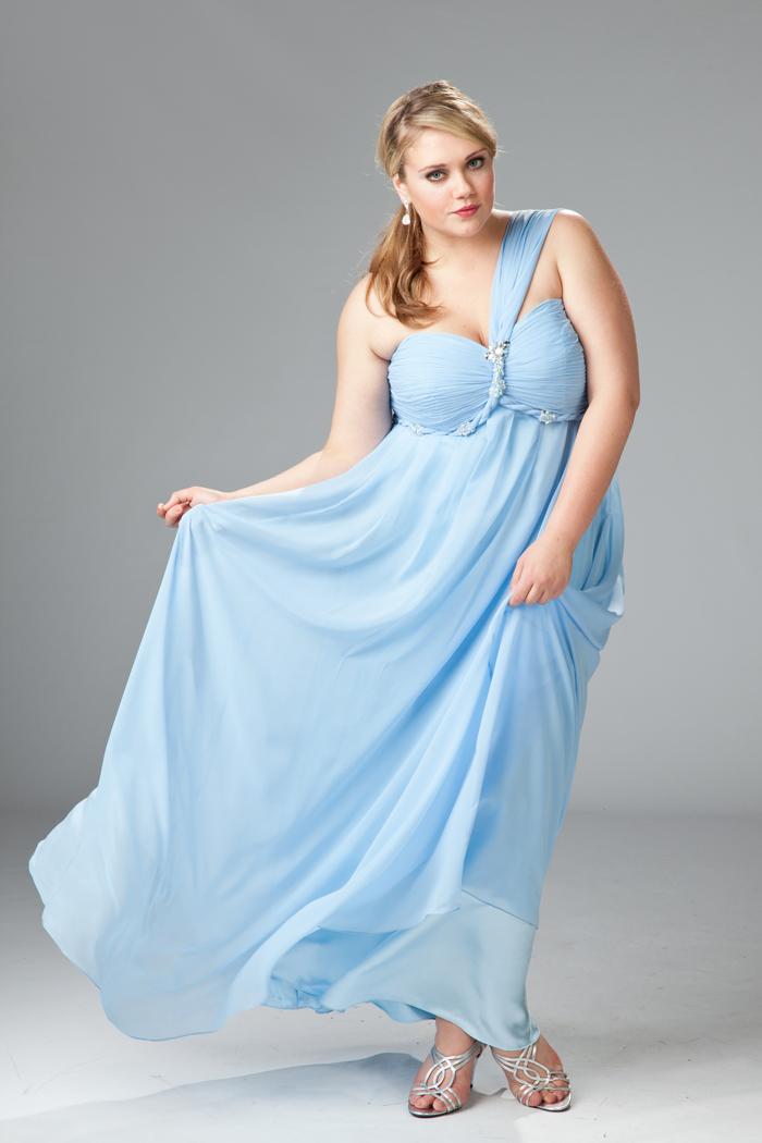 голубое платье на полных