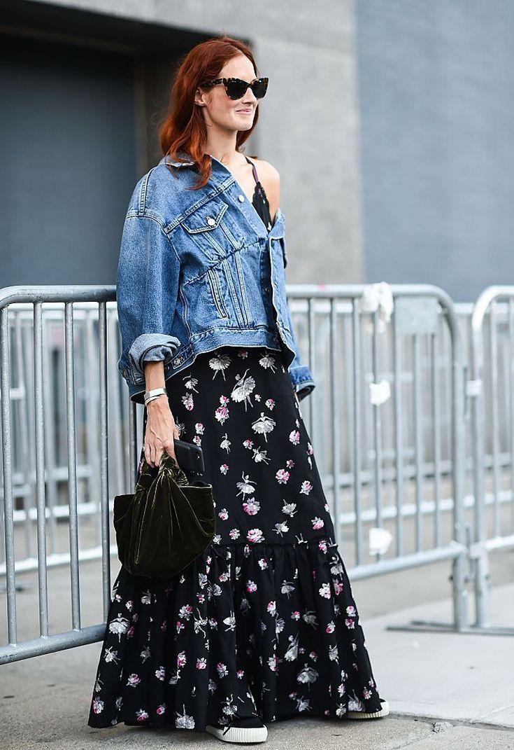 шифоновое платье и джинсовая куртка