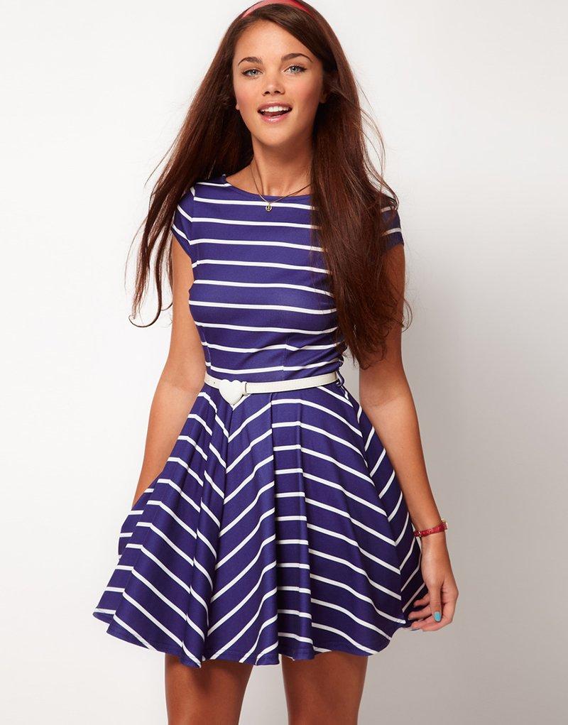 платье в полоску синее