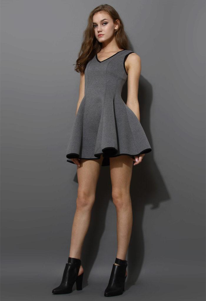 серое платье короткое