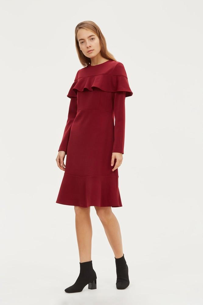 платье с воланами бордовое
