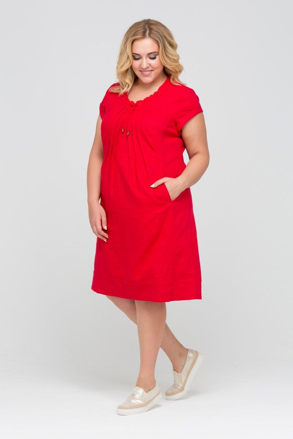 платья а силуэта для полных красное