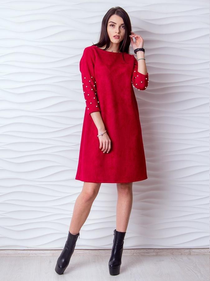 платья а силуэта красное