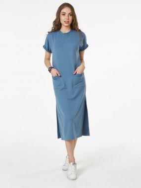 Модное платье оверсайз в стиле спортшик