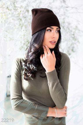 Шерстяная вязаная шапка