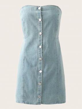Однотонное джинсовое платье с пуговицами
