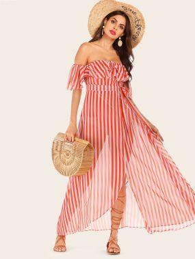 Платье в полоску с открытыми плечами и поясом