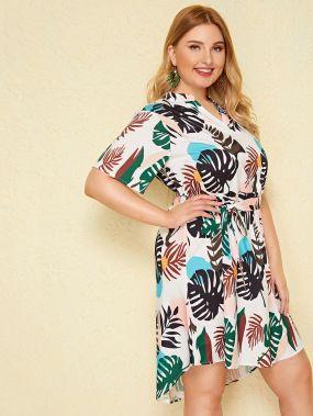 Асимметричное платье размера плюс с графическим принтом и поясом