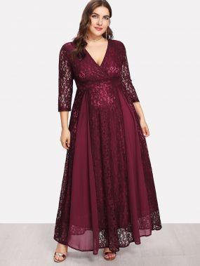 Модное кружевное платье с запахом