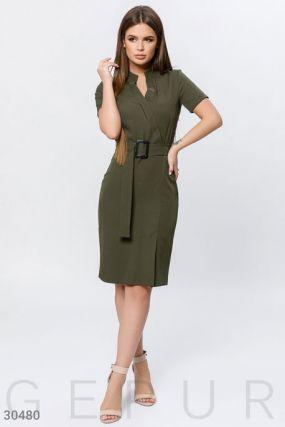 Облегающее платье-миди