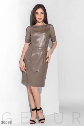 Трендовое платье из кожи